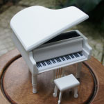 pianowhite